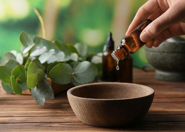Raindrop Treatment by Advanced Therapeutic Massage